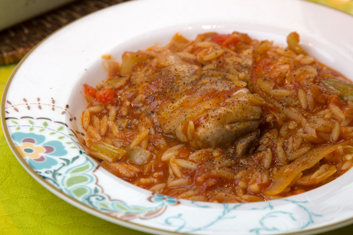 Chicken giouvetsi with orzo in tomato sauce